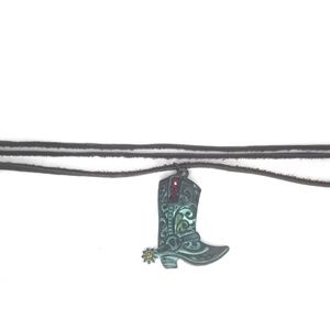 Jewelry - Western boot necklace